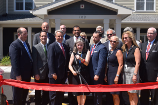 Bedford-Green-Ribbon-Cuttin